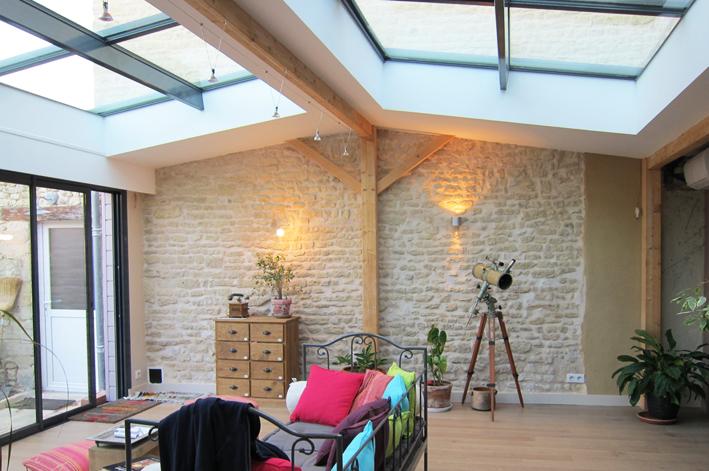Extension maison en pierre sybois extension bois couleur for Agrandissement verriere